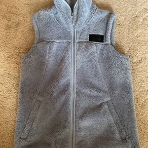 Jackets & Blazers - 🌹SO SOFT Sherpa Grey Northface vest M🌹